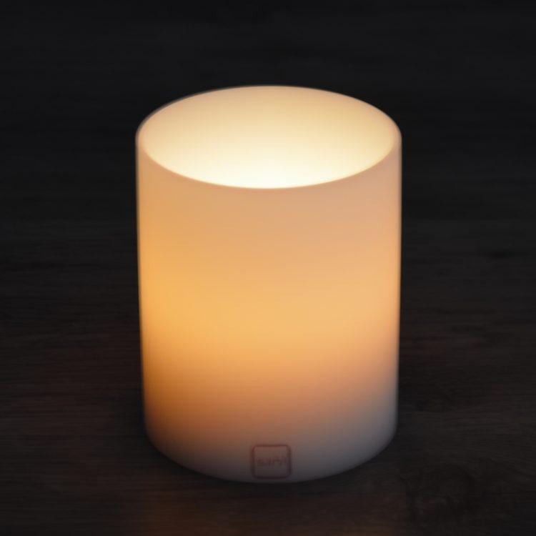 SiN! Teelichthalter Insert 10 cm weiss in Kerzenform, Dauerkerze mit Teelicht, Teelichtkerze in Kerzenoptik und Kerzenform, Kunststoffkerze mit Teelichteinsatz - inkl. Teelicht