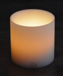 SiN! Teelichthalter Insert 12 cm weiss in Kerzenform, Dauerkerze mit Teelicht, Teelichtkerze in Kerzenoptik und Kerzenform, Kunststoffkerze mit Teelichteinsatz - inkl. Teelicht