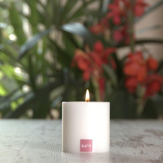 SiN! Teelichthalter Trend 6 cm weiss in Kerzenform, Dauerkerze mit Teelicht, Teelichtkerze in Kerzenoptik und Kerzenform, Kunststoffkerze mit Teelichteinsatz - inkl. Teelicht