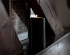 SiN-Teelichtkerze-Black-Dauerkerze-Teelichtkerze-Kunststoffkerze-Teelichteinsatz-Teelicht-Kerzenform-Kerzenoptik-künstliche-Kerze-mood2