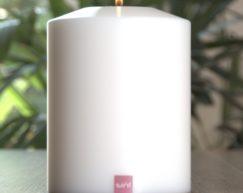 SiN! Teelichthalter Classic 12 cm weiss | Dauerkerze, Teelichtkerze, Kunststoffkerze mit Teelichteinsatz | künstliche Kerze mit Teelicht in Kerzenform & Kerzenoptik
